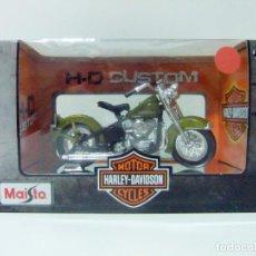 Motos a escala: HARLEY DAVIDSON 1953 74FL HYDRA GLIDE - MAISTO H-D CUSTOM ESCALA 1:18 - MOTO MOTOCICLETA. Lote 142050270