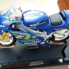 Motos a escala: MOTO SUZUKI GUILOY DE ROBERT. Lote 143005296