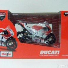 Motos a escala: DUCATI DESMOSEDICI GP15 ANDREA DOVIZIOSO - MAISTO 1:18 CORSE - MOTO GP MOTOCICLISMO MOTOGP. Lote 144258018
