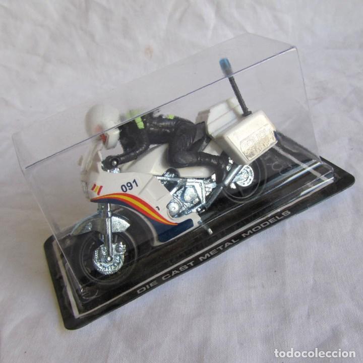 MOTO GUISVAL MOTORISTA POLICIA (Juguetes - Motos a Escala)