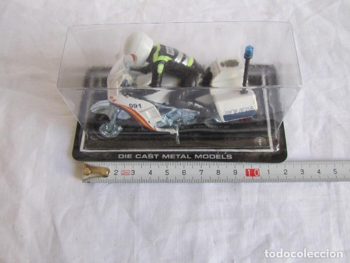 Motos a escala: Moto Guisval Motorista policia - Foto 2 - 145601146