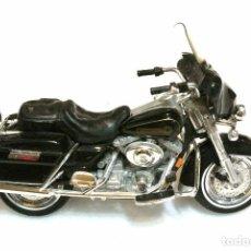 Motos a escala: MOTOCICLETA HARLEY DAVIDSON ELECTRA GLIDE , EDICIÓN MAISTO , 13 CMS. Lote 159166193