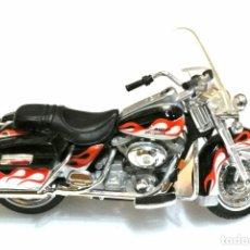 Motos a escala: MOTOCICLETA HARLEY DAVIDSON ROAD KING , EDICIÓN MAISTO , ESCALA 1:18 , 1/18 , NO A SIDO RODADA *. Lote 145785894