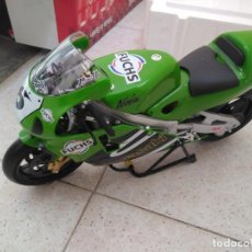 Motos a escala: MOTO KAWASAKI NINJA GUILLOY. Lote 154409770