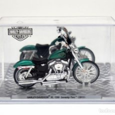 Motos a escala: HARLEY-DAVIDSON XL 1200 SEVENTY-TWO 2013 (1/24). Lote 154840198