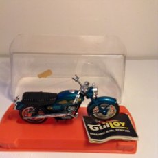 Motos a escala: GUILOY YAMAHA SCRAMBLE 350 ESCALA 1:24. Lote 155511398