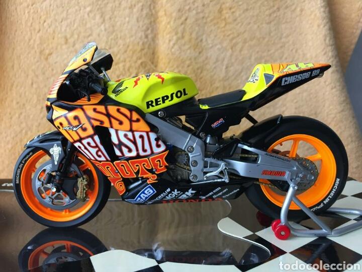 MINICHAMPS REPSOL HONDA TEAM RC211V VALENTINO ROSSI MOTOGP VALENCIA 03 1:12 (Juguetes - Motos a Escala)