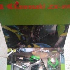 Motos a escala: MODEL KIT KAWASAKI ZX-9R. Lote 161958142
