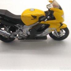 Motos a escala: MOTO HONDA CBR 600F DE MAISTO. Lote 163184162
