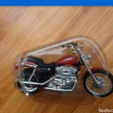 Motos a escala: RED SPORTSTER 1200 EVOHARLEY DAVIDSON MOTORCYCLE. Lote 165652673