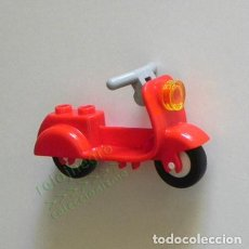 Motos a escala: MOTO - ESTILO VESPA - LEGO - JUGUETE DE CONSTRUCCIÓN - ROJA - MOTITO - TRANSPORTE - MOTOCICLETA. Lote 167031760