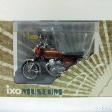 Motos a escala: MOTO HONDA CB750 FOUR 1970 - IXO MUSEUM COLLECTORS MODEL ESCALA 1:24 - MOTOCICLETA TOY BIKE CB 750. Lote 167170568