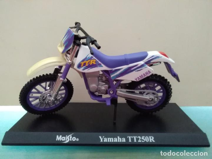 MOTO YAMAHA TT250R MAISTO ESCALA 1/18 (Juguetes - Motos a Escala)