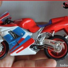 Motos a escala: TX4 24 - MAISTO - YAMAHA FZR600. Lote 170499224