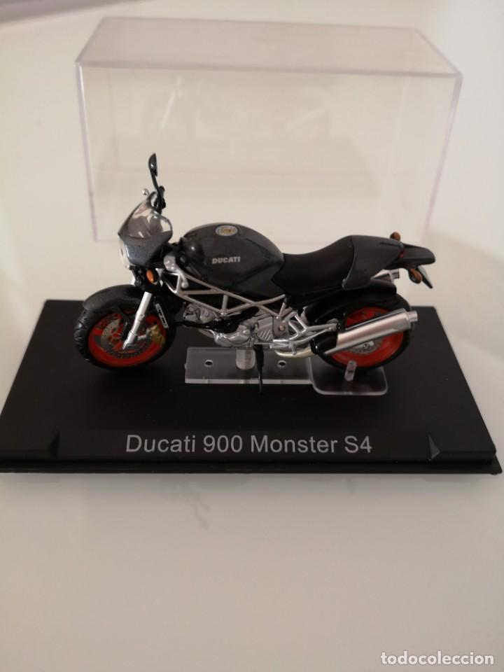 DUCATI 900 MONSTER S4 ESCALA 1/24 NUEVA EN SU BLISTER ORIGINAL (Juguetes - Motos a Escala)
