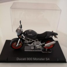 Motos a escala: DUCATI 900 MONSTER S4 ESCALA 1/24 NUEVA EN SU BLISTER ORIGINAL . Lote 171103082