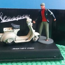 Motos a escala: VESPA ESCALA SCALEXTRIC 1/32. Lote 171433773