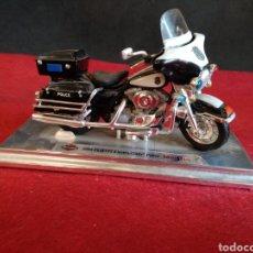 Motos a escala: HARLEY DAVIDSON 2004 FLHTIP ELECTRA GLIDE, POLICE MAISTO. Lote 171589298