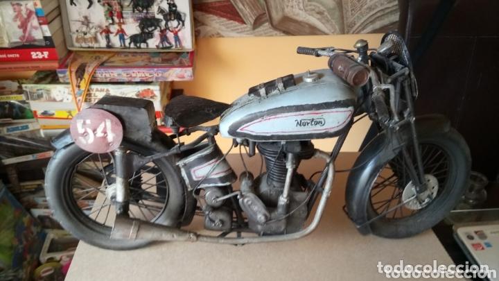 Motos a escala: GRAN MOTO METÁLICA DE NORTON. - Foto 3 - 173706140