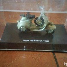 Motos a escala: VESPA 125 6 GIORNI ( 1952 ). Lote 174008565