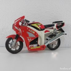 Motos a escala: MOTO DE JUGUETE, NGK, RACING CHAMPION, TURBO. Lote 174230723