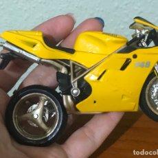 Motos a escala: MOTO A ESCALA MAISTO DUCATI 748. Lote 175603965