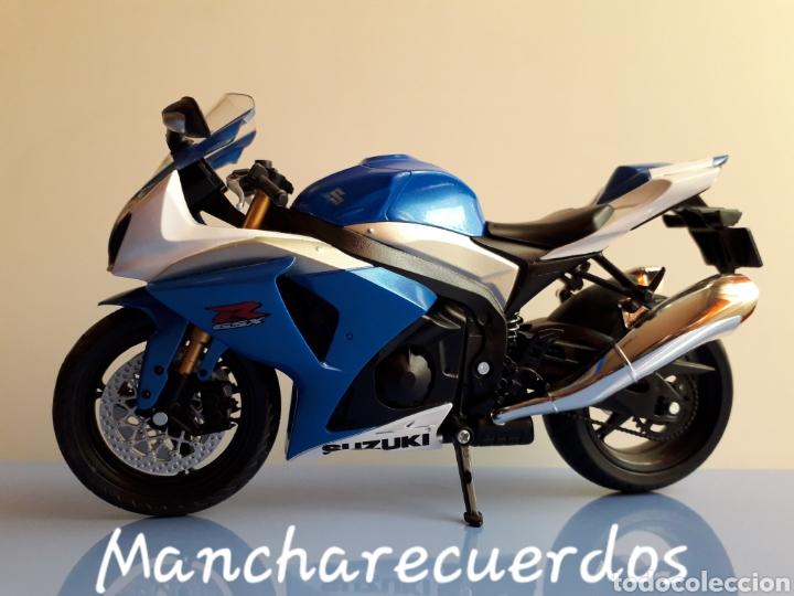 Motos a escala: MOTO MINIATURA SUZUKI GSR X NUEVA DE COLECCION ESCALA 17 X 9 CMTRS MOTOCICLETA - Foto 2 - 176503349