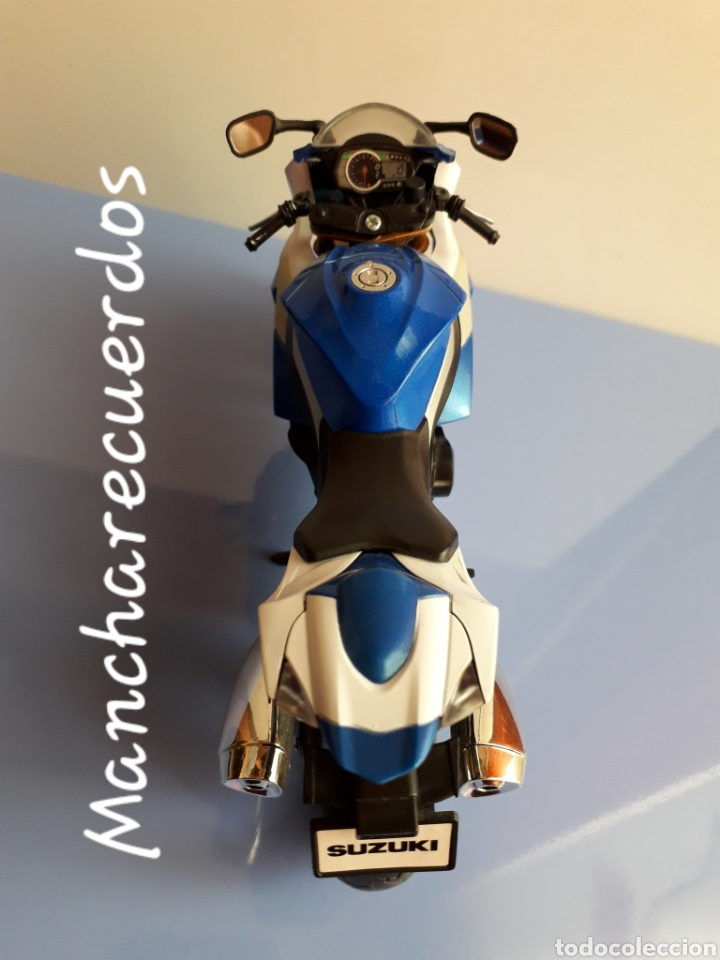 Motos a escala: MOTO MINIATURA SUZUKI GSR X NUEVA DE COLECCION ESCALA 17 X 9 CMTRS MOTOCICLETA - Foto 6 - 176503349