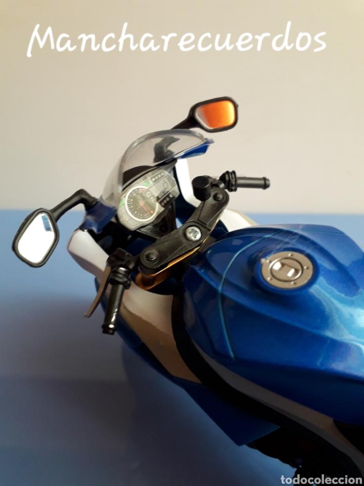 Motos a escala: MOTO MINIATURA SUZUKI GSR X NUEVA DE COLECCION ESCALA 17 X 9 CMTRS MOTOCICLETA - Foto 5 - 176503349