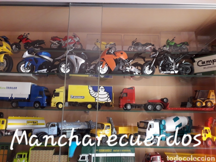 Motos a escala: MOTO MINIATURA SUZUKI GSR X NUEVA DE COLECCION ESCALA 17 X 9 CMTRS MOTOCICLETA - Foto 8 - 176503349