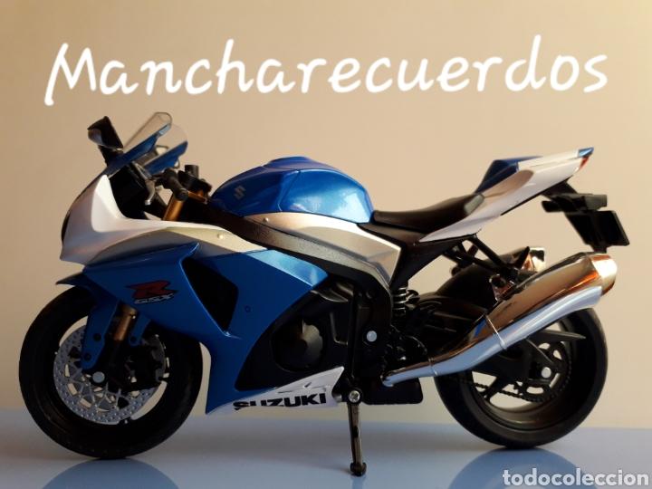 MOTO MINIATURA SUZUKI GSR X NUEVA DE COLECCION ESCALA 17 X 9 CMTRS MOTOCICLETA (Juguetes - Motos a Escala)