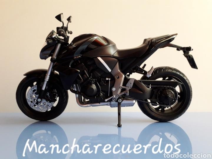 Motos a escala: MOTO MINIATURA HONDA CB 1000 R NUEVA DE COLECCION ESCALA 17 X 9 CMTRS MOTOCICLETA - Foto 2 - 176507080