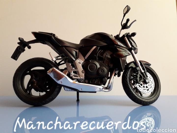 Motos a escala: MOTO MINIATURA HONDA CB 1000 R NUEVA DE COLECCION ESCALA 17 X 9 CMTRS MOTOCICLETA - Foto 3 - 176507080
