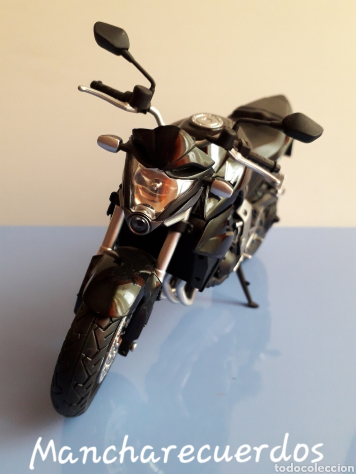 Motos a escala: MOTO MINIATURA HONDA CB 1000 R NUEVA DE COLECCION ESCALA 17 X 9 CMTRS MOTOCICLETA - Foto 4 - 176507080