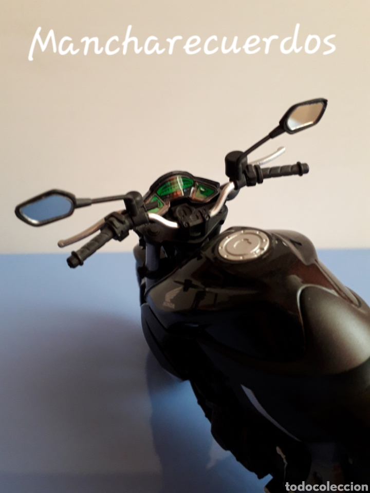 Motos a escala: MOTO MINIATURA HONDA CB 1000 R NUEVA DE COLECCION ESCALA 17 X 9 CMTRS MOTOCICLETA - Foto 5 - 176507080