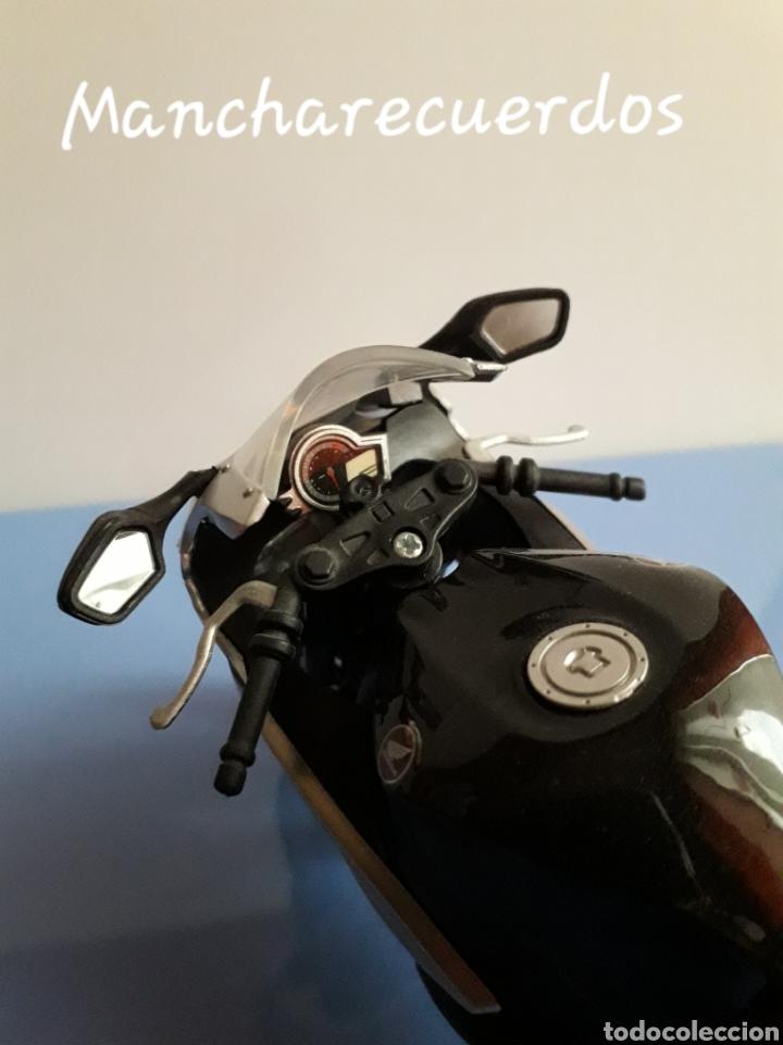 Motos a escala: MOTO MINIATURA YAMAHA CBR 1000 RR NUEVA DE COLECCION ESCALA 17 X 9 CMTRS MOTOCICLETA - Foto 5 - 176508143