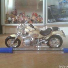 Motos a escala: MOTO BMW 1200 MAISTO. Lote 177082158