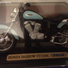 Motos a escala: MOTOCICLETA MINIATURA 1.18 HONDA SHADOWS VT1100CC. Lote 187325983
