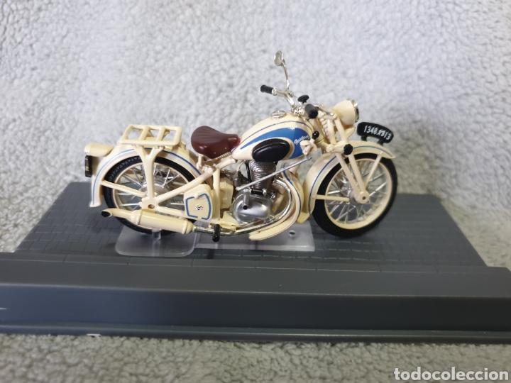 Motos a escala: Moto Peugeot 55GL 1951 - Foto 2 - 189754965