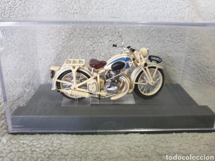 Motos a escala: Moto Peugeot 55GL 1951 - Foto 3 - 189754965