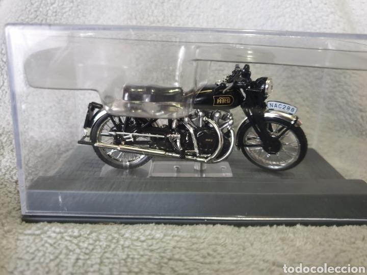 Motos a escala: Moto Vincent HRD Black Shadow 1954 - Foto 3 - 278868443