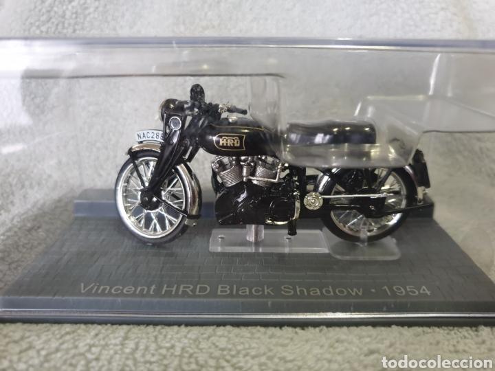 Motos a escala: Moto Vincent HRD Black Shadow 1954 - Foto 4 - 278868443