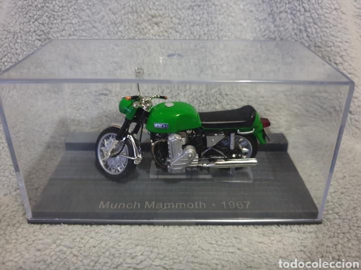Motos a escala: Moto Munch Mammoth 1967 - Foto 4 - 189759162