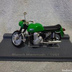 Motos a escala: MOTO MUNCH MAMMOTH 1967. Lote 189759162