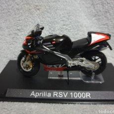 Motos a escala: MOTO APRILIA RSV 1000R. Lote 189761418