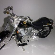 Motos in scale: MOTO HARLEY - DAVIDSON. COLECCIÓN MAISTO. ESCALA 1 :18.. Lote 191329856