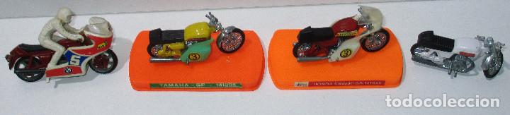 LOTE 4 MOTOS, GUILOY + GALLETAS SIRO (GUIVAL??), YAMAHA, HONDA, SANGLAS, BMW (Juguetes - Motos a Escala)