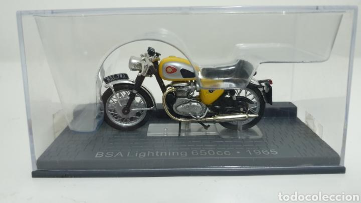 MOTO BSA LIGHTNING 650CC DE 1965 (Juguetes - Motos a Escala)