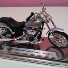 Motos a escala: MOTO HARLEY DAVIDSON 2001 FXST SOFTAIL STANDARD DE MAISTO ESCALA 1/18 (1:18). Lote 194218212