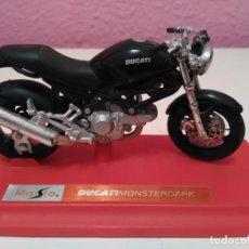 Motos a escala: MOTO DUCATI MONSTERDARK DE MAISTO ESCALA 1/18 (1:18). Lote 194222600